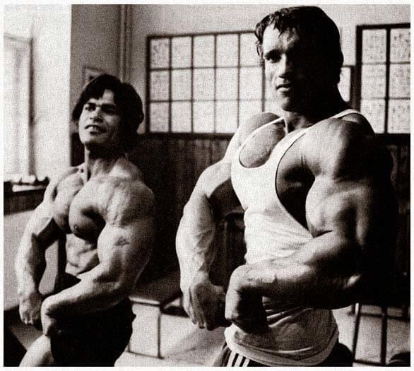 Ed Corney with Arnold Schwarzenegger