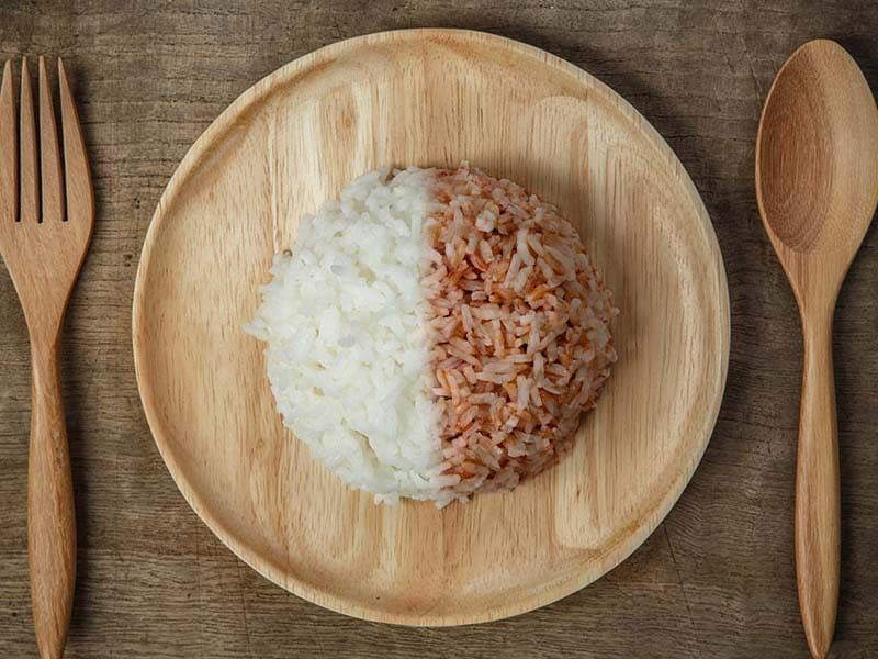 Brown rice has higher quantities of B vitamins